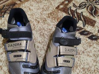 Pantofi ciclism