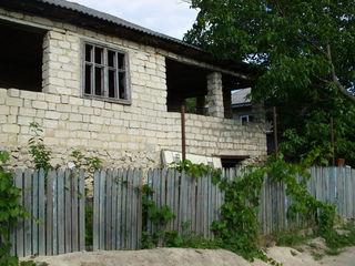 Urgent,urgent! Se vinde casă  în satul Ghidighici.