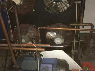 Продам промышленное холодильное оборудование с заморозкой до минс 30
