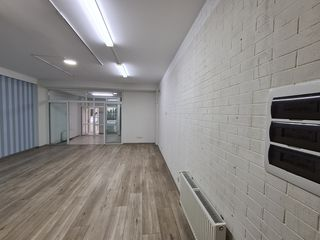 Oficiu 93m2, Centru (Arenda)