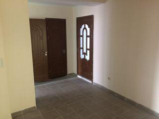 Se vind apartamente cu 2 si 3 odai in casa noua or. Briceni