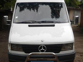 Mercedes Vind sau Schimb 412