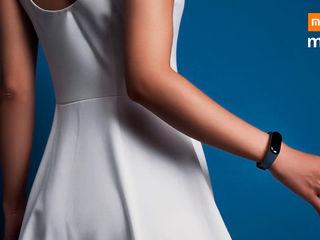 Браслет Xiaomi Mi Band 3 идёт в ногу с тобой!