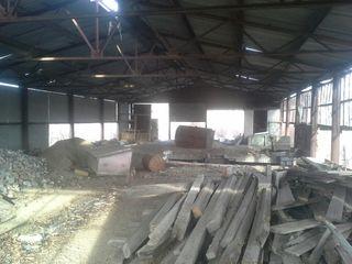 Продается база между Тирасполем и Бендерами  (с Парканы), ул. Ленина.