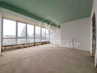 Vânzare TownHouse, 225 mp, 4 nivele, versiune albă, teren 1 ar, Sculeni, 96 000 euro!