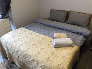 Chirie apartamente , camere posutocino 350 lei  ,pe ore lucram non stop