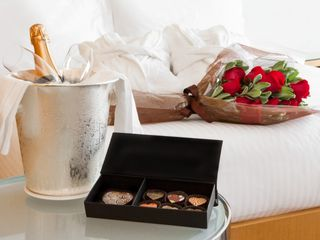 Необычный романтический вечер для любимого 650 лей,почасова 150 лей,   можно ив кредит..!!!