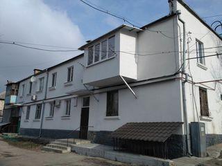 Ciocana, Podul Înalt, str-la Budăi 2. Apartament cu 2 camere la etajul 1/2  cu suprafața 48/28/9 m2.