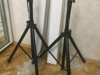 Stoici 400 lei buc cтойки Stative !!! Стойки для колонок 50 кг совершенно новые !!!