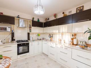 Apartament cu 2 odai + living, design rafinat, autonoma, full mobilat + Garaj! La pret de 70 700 €