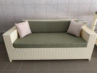 Продается комплект мебели для бассейна