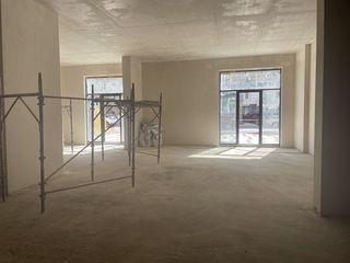 Сдаю торговую недвижимость 200м2 на Еминеску! Партер! Два входа!