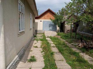 1-этажный дом 105кв.м. на 6 соток земли в г. Белцы район Кишиневского моста