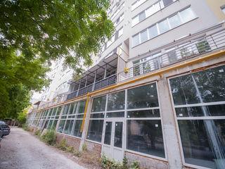 Продаем офисно-торговое помещения в 60 м2-100 м2-300 м2-480 м2,Openspace по бул. Мирча чел Бэтрын!