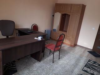От 99 евро .Комфортный  офис 22м  новый . мебель,высокоскорост. интернет. с лоджией. кондиционер