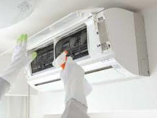 Проведение очистки и дезинфекции кондиционера/ Curățarea și dezinfectarea aparatului de aer condițio