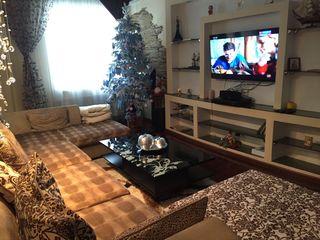 Apartament cu 5 odai, în 2 nivele,  design extraordinar. 100 000 €