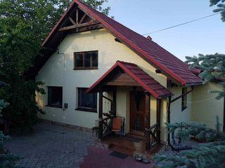 Отличный дом, Кишинев, Кодру, 250 м2, 6 соток, евроремонт.