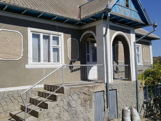 De vinzare casa in satul Ursoaia, Cahul sau la schimb cu apartament cu 2 odai in Cahul