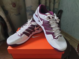 Срочно продам Nike Vapor 9.5 Tour  Nike Vapor X   Roger Federer оригинал 100%