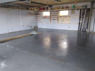 Промышленные бетонные полы, шлифовка бетона, топпинг