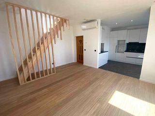 Se vinde apartament tip duplex(100m.p)