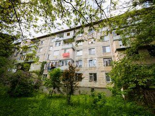 Apartament cu 2 camere, reparație, mobilat, Râșcani, 38900 € !