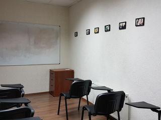 Centru, oficiu, 15 mp, prima linie, str. Tighina, 100 €