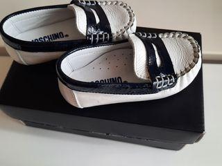 Pantofi baietel marimea 18