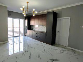 Apartament cu 3 camere. 72 m2.75900 euro.Euroreparatie