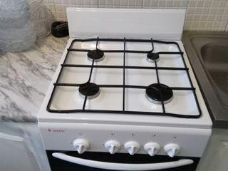 Новая газовая плита Gefest (50X50).