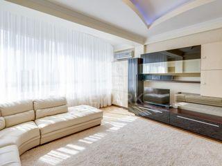 Se dă în chirie apartament, sectorul Centru, str. Petru Rareș