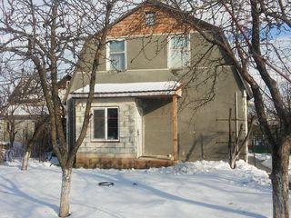 Casa de locuit in Dumbrava