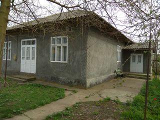Casa in s.Semeni - 6 km de la or.Ungeni