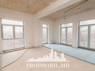 Centru! Penthouse, 2 camere cu living, geamuri panoramice! 133 mp!