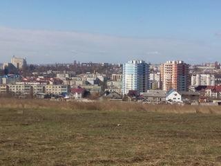 Urgent teren 4 ari pentru constructii. Stauceni amplasat in apropiere de Metro-1
