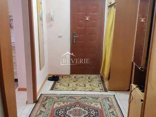 Se vinde apartament cu 3 camere regiunea Spirin, orasul Cahul.