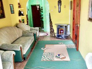 Se vinde apartament cu doua odăi in orașul Hîncesti.