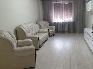 Se dă în chirie apartament în Centrul orașului cu 2 camere, suprafața 70 m.p.! 400 €