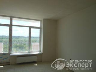 Большая 1-комнатная квартира в центре.Код 3730.
