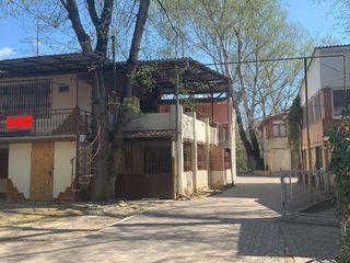 Se vinde casa-vila pe malul Nistrului