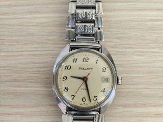 Полет продам часы наручные корпуса часов желтые продать