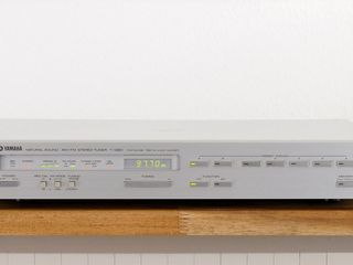 Топовый тюнер Yamaha T-1060