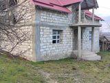 Se vinde casă urgent preț negociabil Lozova r-onul Strașeni