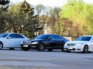 Transport pasageri Mercedes-Benz de lux albe/negre
