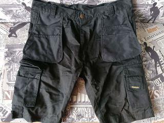 Рабочие шорты Stanley с накладными карманами