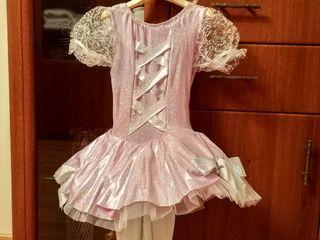 Продам платья для девочки 5-6л для балета или спектакля