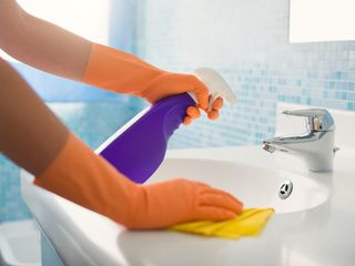 Cleaning/curățenie  generală/intretinere!!!