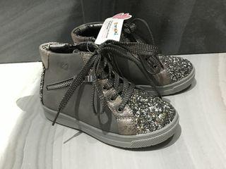 Новые шикарные демисезонные ботиночки на девочку-28р.