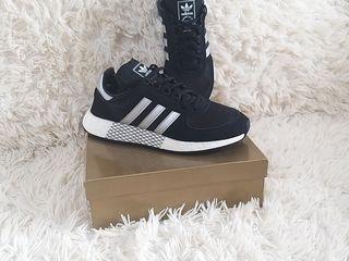 Adidas Original, Germania mar 40 si 2/3
